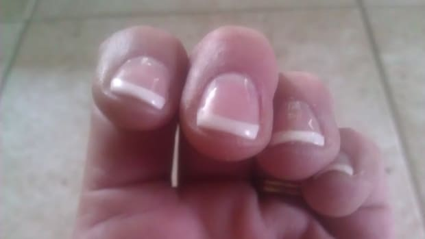 shellac-nails-manicure