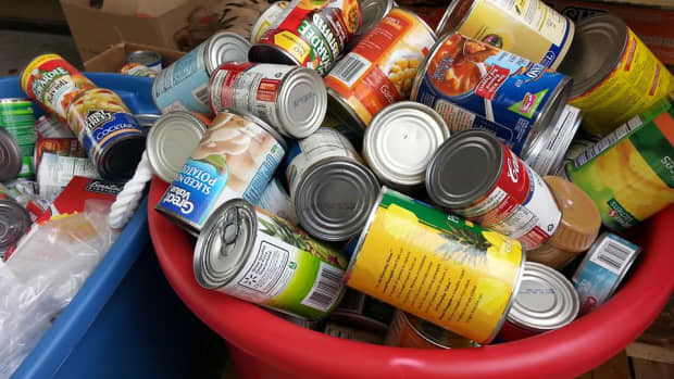 the-filthy-rich-starving-and-american-pantries