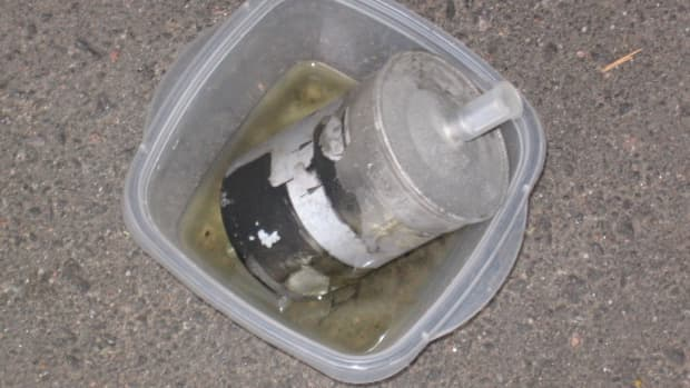 how-to-replace-fuel-filter-vwaudi-18t-mkiv-diy