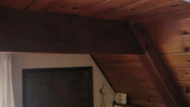 painting-the-evil-wood-ceiling