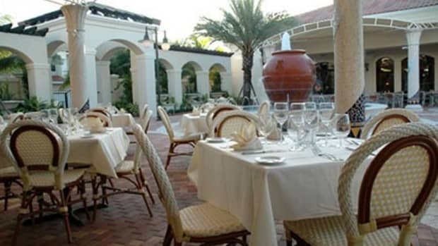 great-first-date-ideas-the-palm-beaches-fl