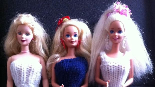 frugal-charity-donating-used-barbies-to-the-underprivileged