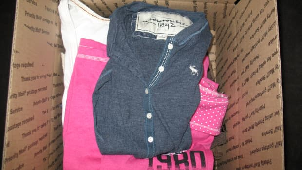 make-easy-extra-cash-selling-jeans-on-ebay