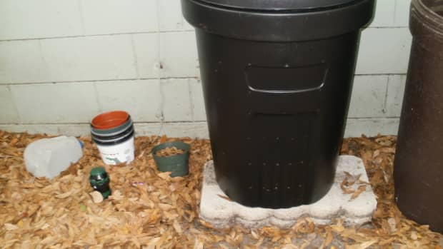 make-your-own-composter-on-a-tight-budget