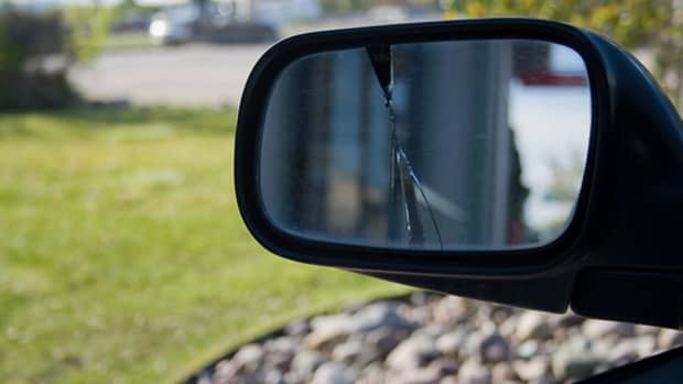 how-to-fix-your-toyota-camry-side-mirror