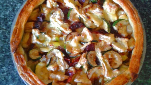 camembert-leek-and-pancetta-tart-quick-easy-recipe