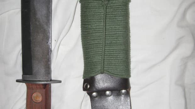 backpacking-gear-review-british-mod-survival-knife
