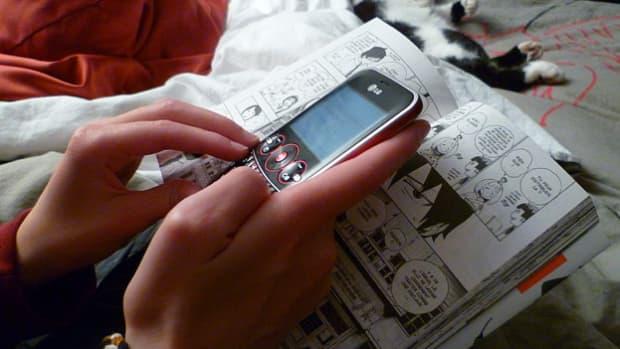 facebook-twitter-texting-quasi-socializing
