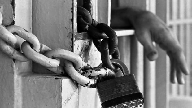 breathing-through-bars-a-brief-history-on-the-prison-system-in-america