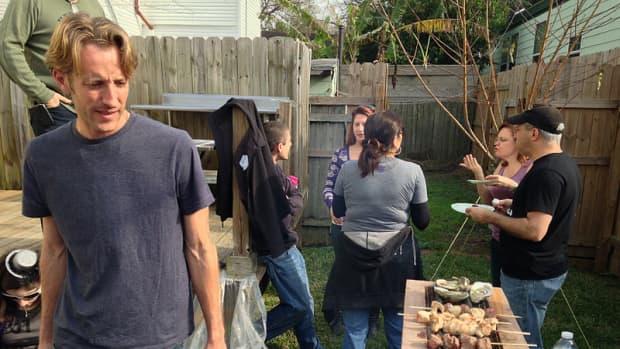 six-habits-of-good-next-door-neighbors