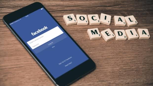 facebook-live-friend-or-foe