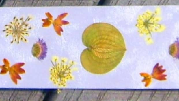 pressed-flower-bookmarks