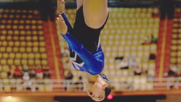 what-is-power-tumbling-and-how-is-it-different-from-gymnastics