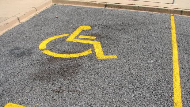 why-nasty-notes-on-the-cars-of-handicapped-parking-violators-are-a-bad-idea