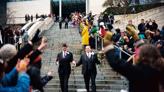 gay-marriage-a-look-at-both-sides-of-the-debate