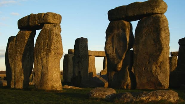 stonehenge-mysterious-places-in-britain