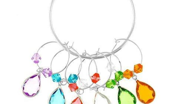 how-make-your-own-wine-glass-charm-rings-and-markers