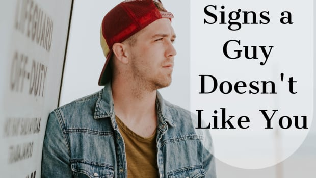 30-signs-that-tell-a-guy-doesnt-like-you