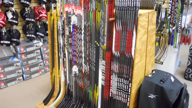 how-to-size-an-ice-hockey-stick