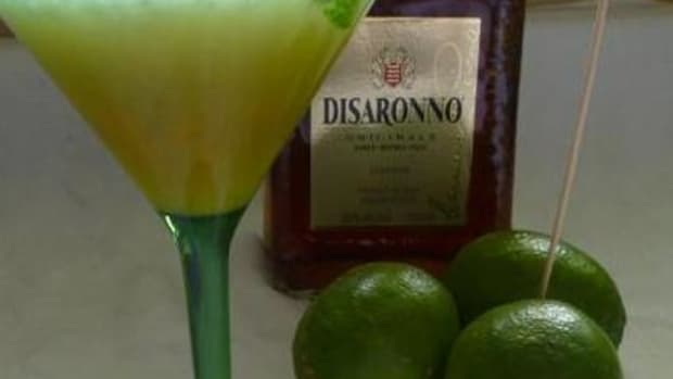 drink-recipes-amaretto-summer-soother