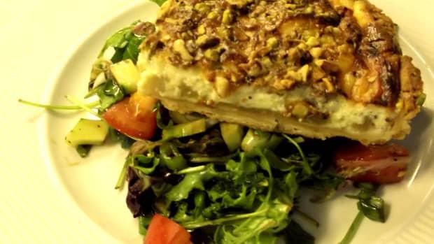 recipes-for-blue-cheese-stilton-pear-nut-quick-quiche