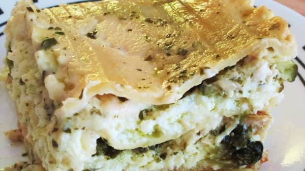 chicken-alfredo-and-pesto-veggies-lasagna