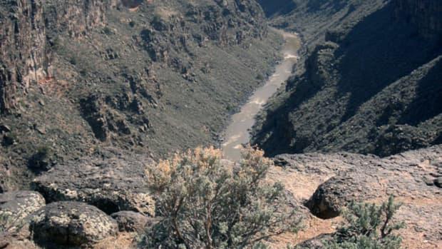 easy-hiking-trails-near-taos-new-mexico