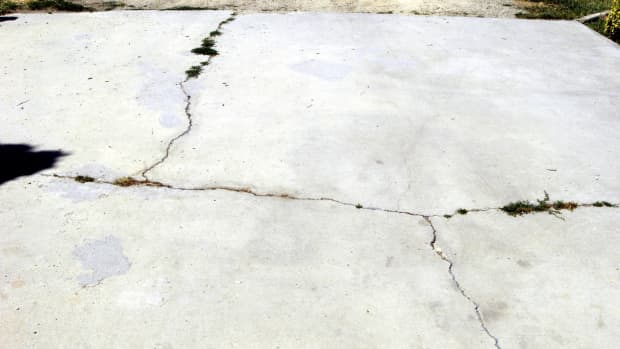 how-to-repair-concrete-driveway-cracks