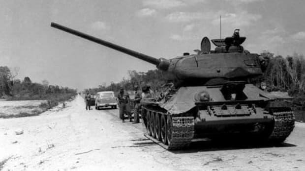 operation-pluto-brigade-2506-invades-cuba-at-the-bay-of-pigs-april-17-1961