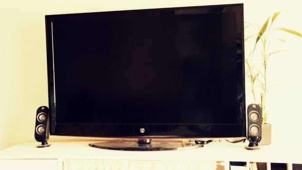 how-to-use-computer-speakers-on-an-lcd-tv