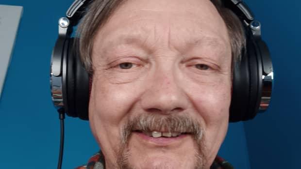 review-of-the-vogek-over-ear-dj-headphones