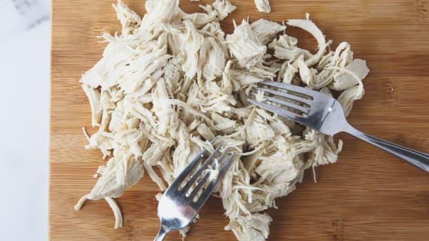 slow-cooker-shredded-chicken-for-easy-meal-prep