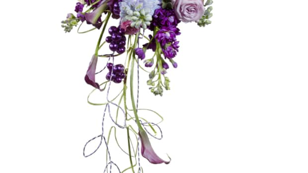how-to-make-your-own-cascading-bouquet