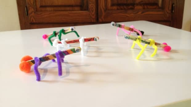 art-crafts-for-kids-popsicle-bugs