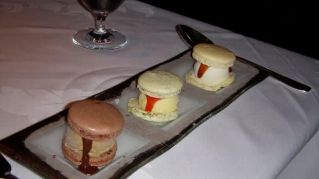 august-2-national-ice-cream-sandwich-day