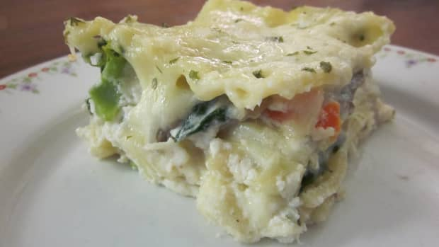 chicken-and-vegetable-lasagna-with-alfredo-sauce