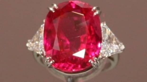 pink-rubies-vs-pink-sapphire