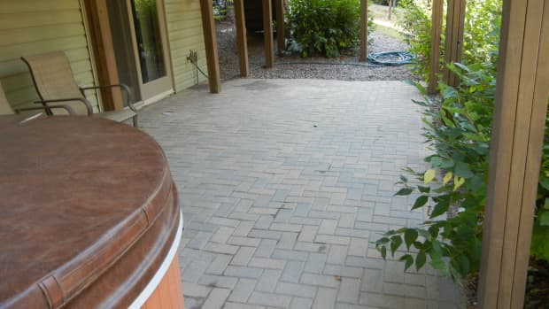diy-fixing-a-sloping-paver-patio