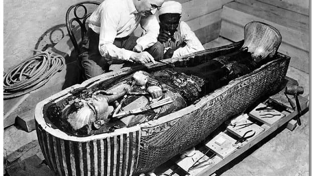 考古学家霍华德·卡特传记