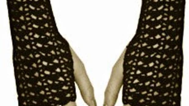 free-crochet-pattern-vintage-style-fingerless-gloves