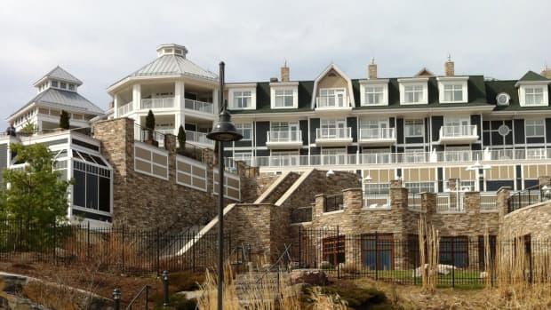 ontario-getaway-jw-marriott-the-rosseau-muskoka-resort-spa