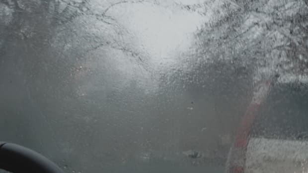 how-to-prevent-condensation-inside-your-car