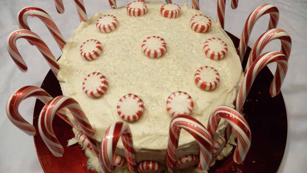 candy-cane-cake
