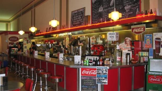 the-lunch-counter-at-the-five-and-dime