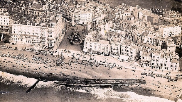 about-world-war-1-german-submarine-washed-ashore-at-hastings-england