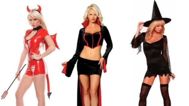 monster-halloween-costumes-men-vs-women