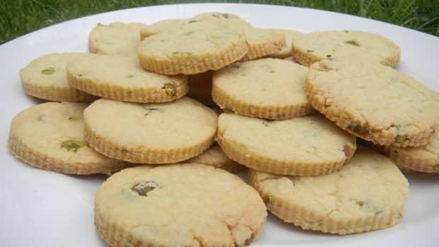 orange-pistacho-butter-biscuits