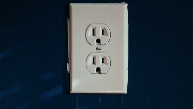 you-can-change-an-electrical-outlet