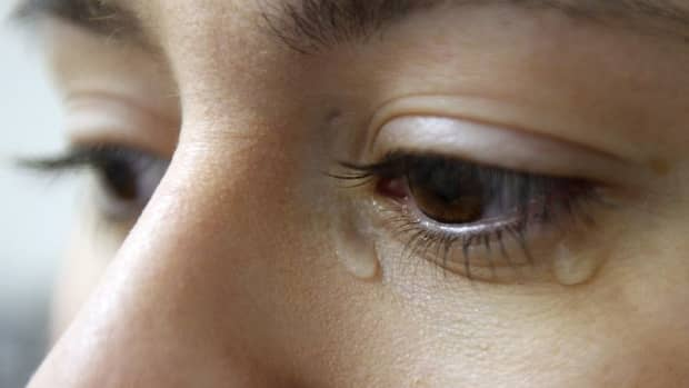 how-to-control-tears-and-stop-crying