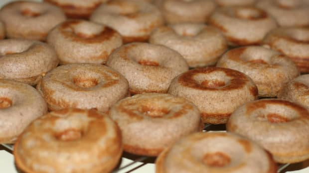 fresh-homemade-baked-donuts